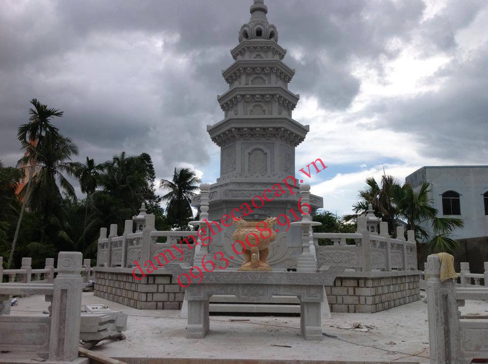 Bảo tháp đá cao cấp Ninh Bình.