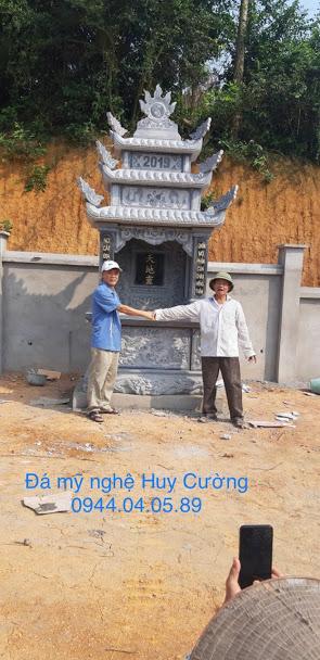 Lăng thờ đá được lắp đặt tại Phú Thọ