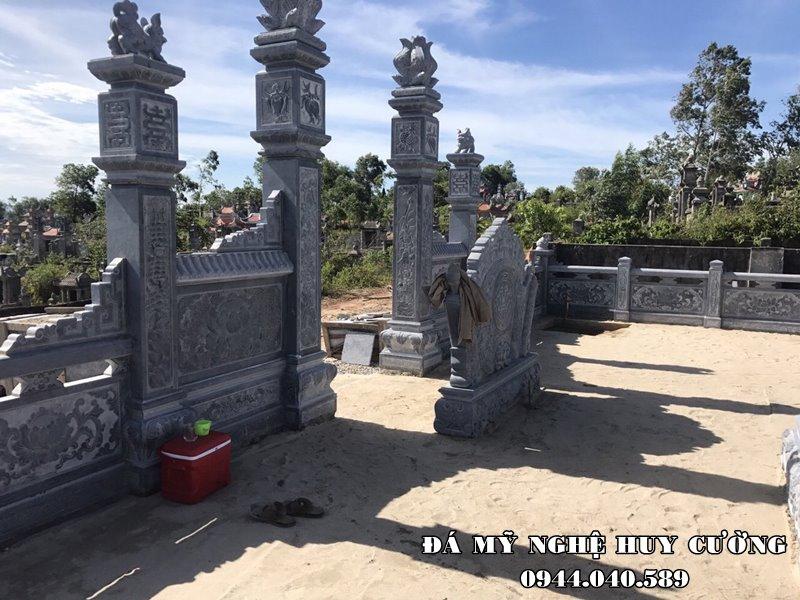 Khuon vien Khu Lang mo da xanh Huy Cuong