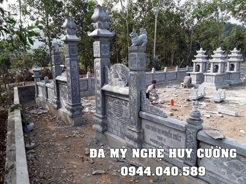 Cong vao khu Lang mo da tai Ninh Binh dep
